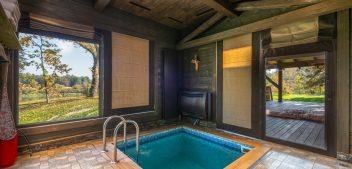 Investissement dans un abri piscine : le pour et le contre